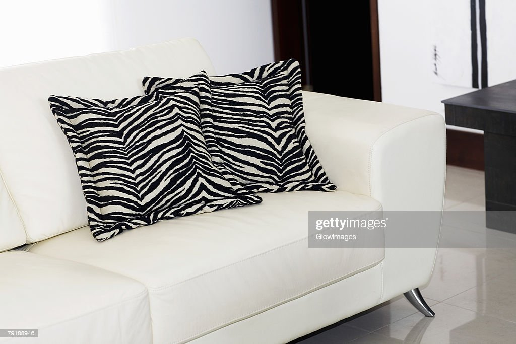 Close-up of two cushions on a couch : Stock Photo