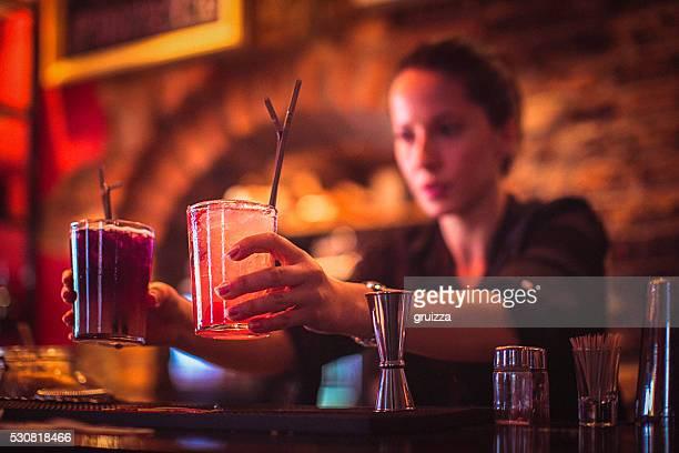 Rencontrer femmes bars boites
