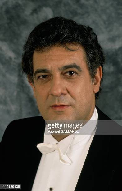 Closeup Placido Domingo in France on April 20 1988