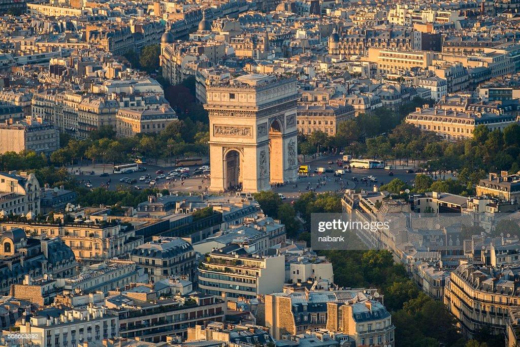 Close-up shot of Arc De Triomphe : Foto de stock