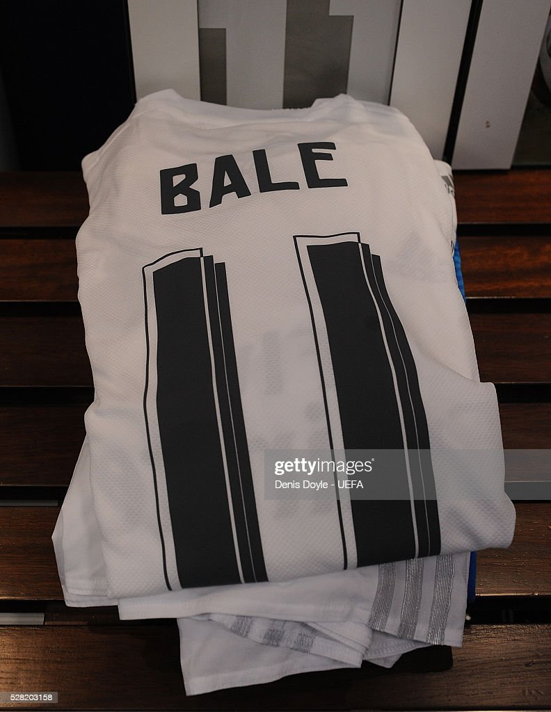 Close-up view of the shirt of Gareth Bale of Real Madrid in the team dressing room ahead of the UEFA Champions League Semi Final second leg match between Real Madrid and Manchester City FC at Estadio Santiago Bernabeu on May 4, 2016 in Madrid, Spain.