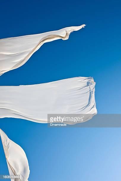 Tissus, de vent et ciel bleu