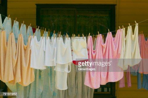 Clothes hanging on a clothesline, Providencia y Santa Catalina, San Andres y Providencia Department, Colombia : Foto de stock