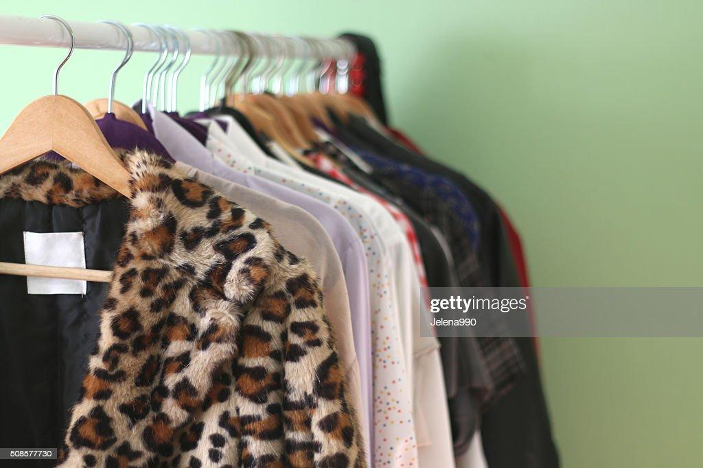 衣服用棚 : ストックフォト