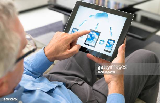 Cloud computing application on digital tablet
