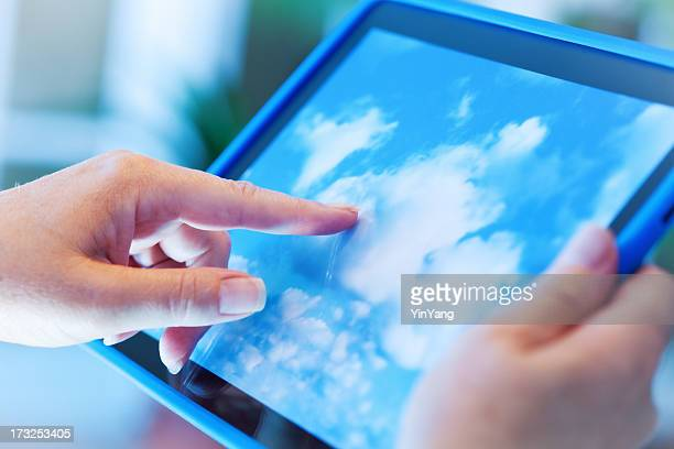 Cloud Computing Using Digital Tablet Computer Hz