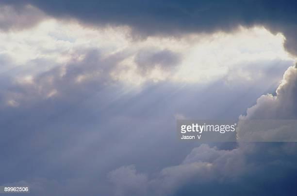 Clouds breaking w/ Beams
