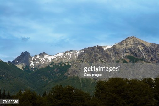 Clouds over a mountain range, San Carlos De Bariloche, Argentina : Foto de stock