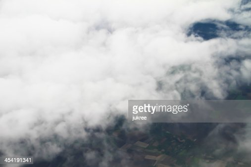 Clouds. vista dal finestrino di un aeroplano volare : Foto stock