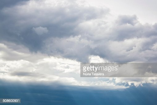 Cloudy and moody sky : Foto de stock