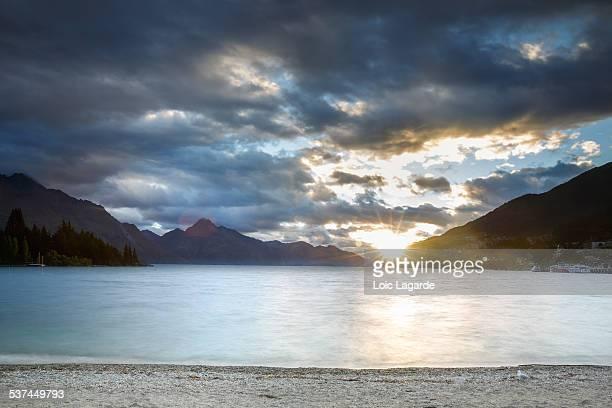 Cloudy Sunset on lake Wakatipu