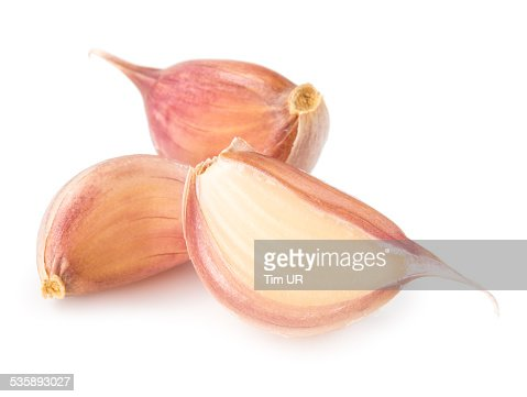 Cloves of garlic isolated on white background : Stockfoto