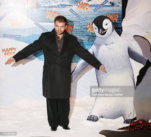 Clovis Cornillac during 'Happy Feet' Paris Premiere Arrivals at Gaumont Marignan Theater in Paris France