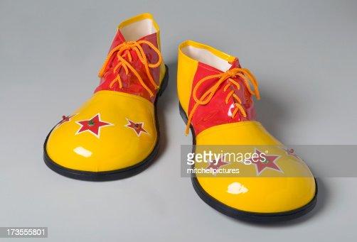 Clown shoes