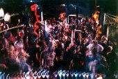 club crowd shot 001