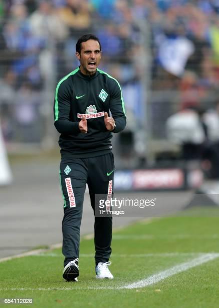 Coach Alexander Nouri of Bremen gestures during the Bundesliga match between SV Darmstadt 98 and Werder Bremen at Stadion am Boellenfalltor on...