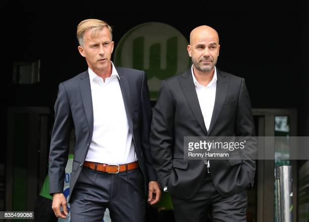 Coach Andries Jonker of VfL Wolfsburg and Coach Peter Bosz of Borussia Dortmund during the Bundesliga match between VfL Wolfsburg and Borussia...