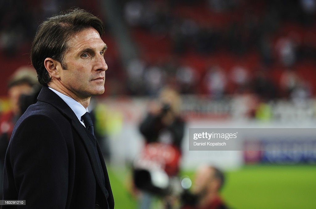 Coach <a gi-track='captionPersonalityLinkClicked' href=/galleries/search?phrase=Bruno+Labbadia&family=editorial&specificpeople=653790 ng-click='$event.stopPropagation()'>Bruno Labbadia</a> of Stuttgart looks on prior the UEFA Europa League round of sixteen first leg match between VfB Stuttgart and Lazio at Mercedes-Benz Arena on March 7, 2013 in Stuttgart, Germany.