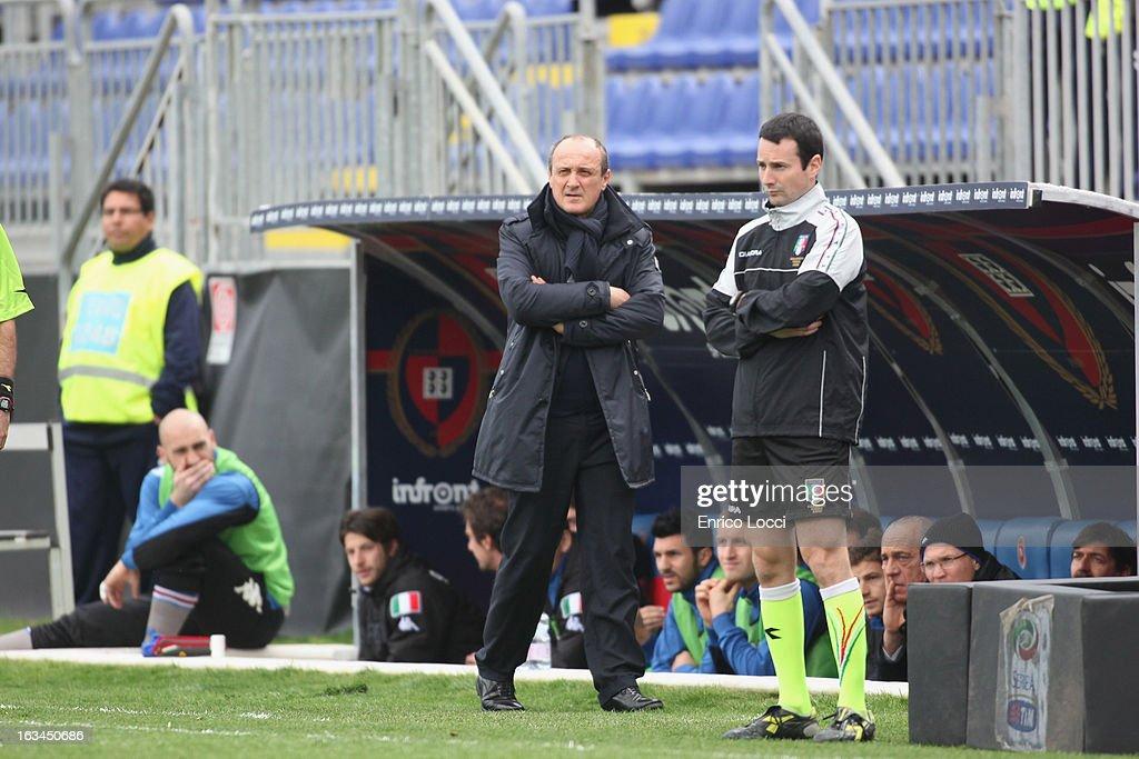 Coach Delio Rossi of Sampdoria looks on during the Serie A match between Cagliari Calcio and UC Sampdoria at Stadio Sant'Elia on March 10, 2013 in Cagliari, Italy.