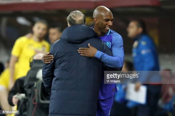 coach Dick Advocaat of Holland Ryan Babel of Holland during the friendly match between Romania and The Netherlands on November 14 2017 at Arena...