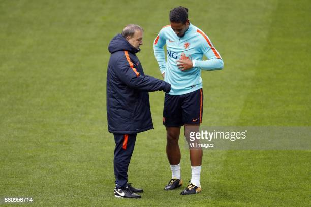 coach Dick Advocaat of Holland Virgil van Dijk of Holland during a training session prior to the FIFA World Cup 2018 qualifying match between Belarus...