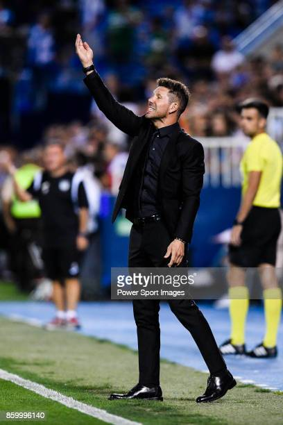 Coach Diego Simeone of Atletico de Madrid gestures during the La Liga 201718 match between CD Leganes and Atletico de Madrid on 30 September 2017 in...