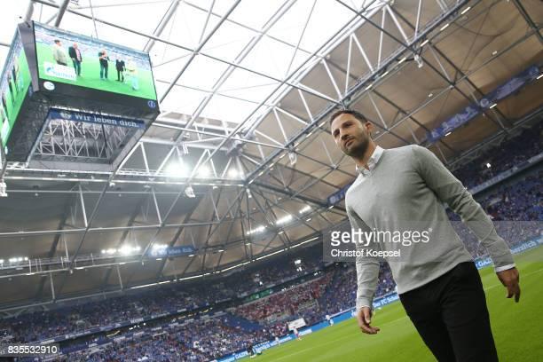 Coach Domenico Tedesco of Schalke prior to the Bundesliga match between FC Schalke 04 and RB Leipzig at VeltinsArena on August 19 2017 in...