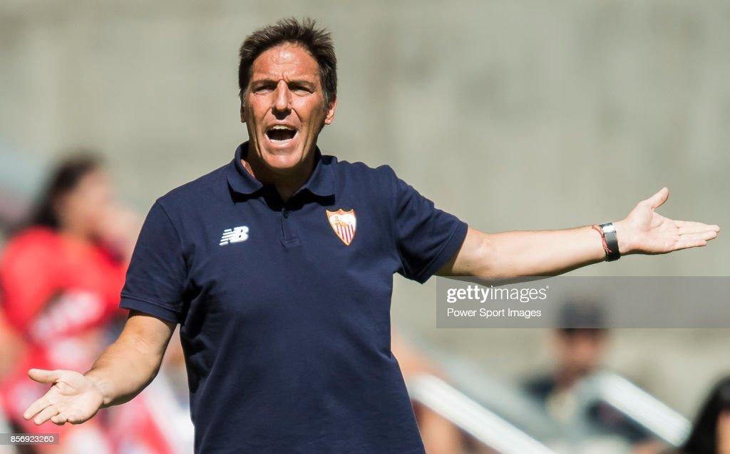 Coach Eduardo Berizzo of Sevilla FC reacts during the La Liga 2017-18 match between Atletico de Madrid and Sevilla FC at the Wanda Metropolitano on 23 September 2017 in Madrid, Spain.