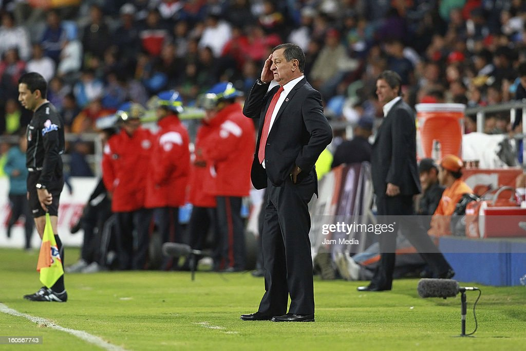 Coach Enrique Meza of Toluca reacts during the Clausura 2013 Liga MX at Hidalgo Stadium on february 2, 2013 in Pachuca, Mexico.