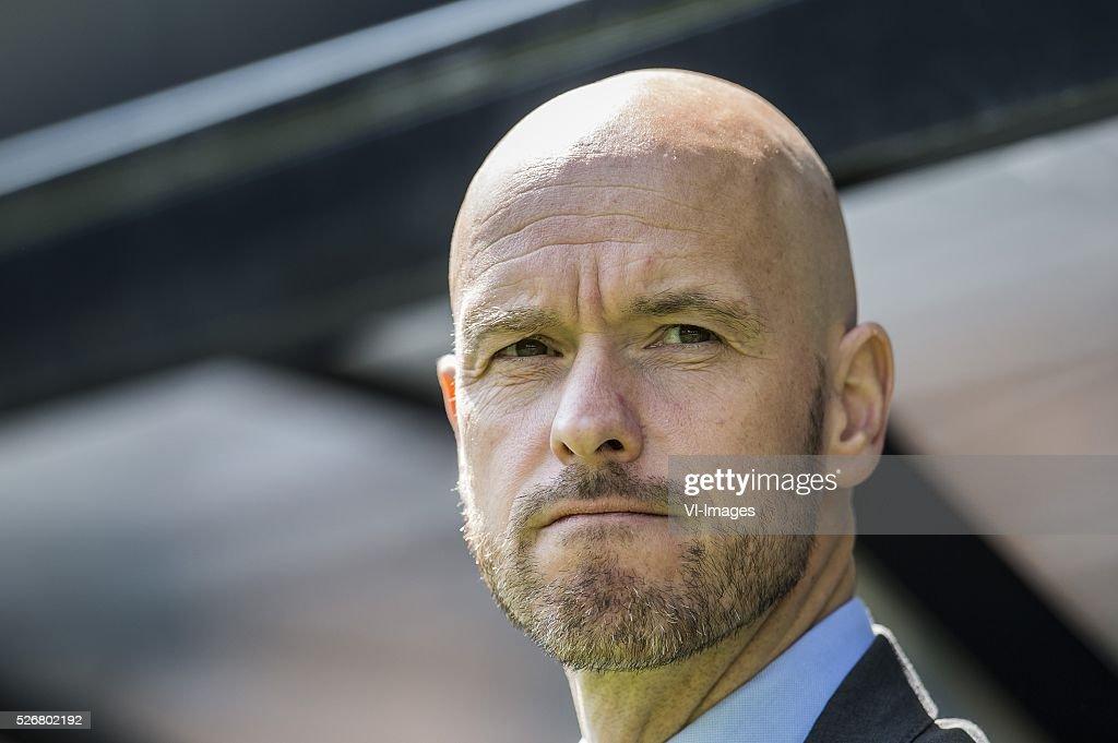 Coach Erik ten Hag of FC Utrecht during the Dutch Eredivisie match between Vitesse Arnhem and FC Utrecht at Gelredome on May 01, 2016 in Arnhem, The Netherlands