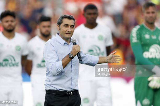 coach Ernesto Valverde of FC Barcelona during the Trofeu Joan Gamper match between FC Barcelona and Chapecoense on August 7 2017 at the Camp Nou...