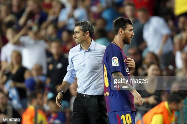 coach Ernesto Valverde of FC Barcelona Lionel Messi of FC Barcelona during the Trofeu Joan Gamper match between FC Barcelona and Chapecoense on...