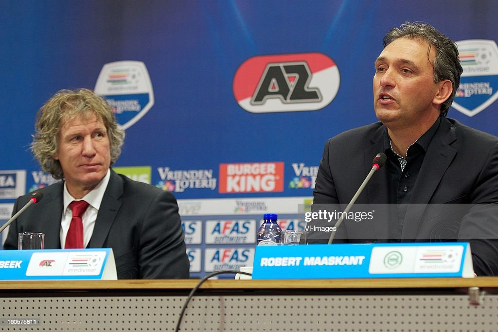 coach Gert Jan Verbeek of AZ, coach Robert Maaskant of FC Groningen during the Dutch Eredivisie match between AZ Alkmaar and FC Groningen at the AFAS Stadium on february 2, 2013 in Alkmaar, The Netherlands