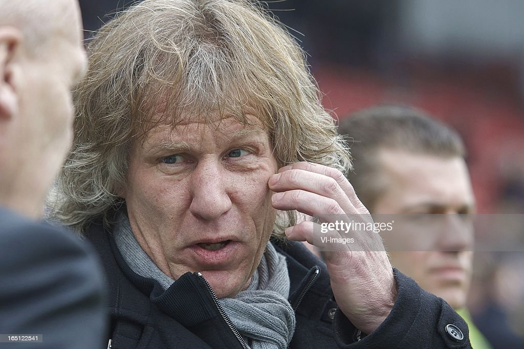 coach Gert Jan Verbeek of AZ during the Dutch Eredivisie match between Heracles Almelo and AZ Alkmaar at the Polman Stadium on march 31, 2013 in Almelo, The Netherlands