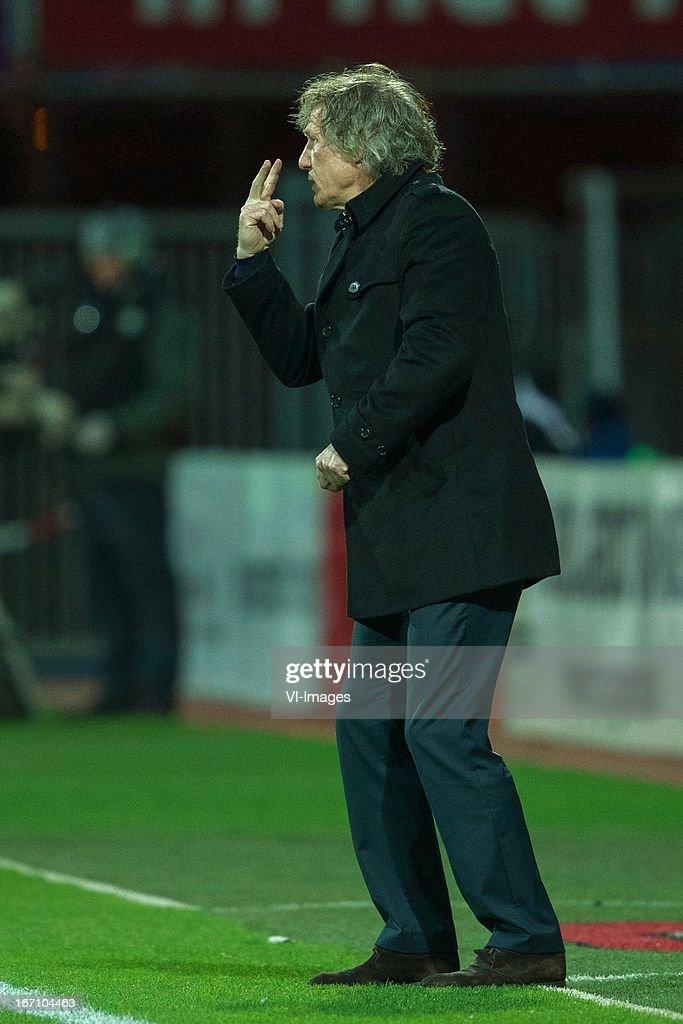 coach Gert Jan Verbeek of AZ during the Eredivisie match between AZ Alkmaar and PSV Eindhoven on April 20, 2013 at the AFAS stadium at Alkmaar, The Netherlands.
