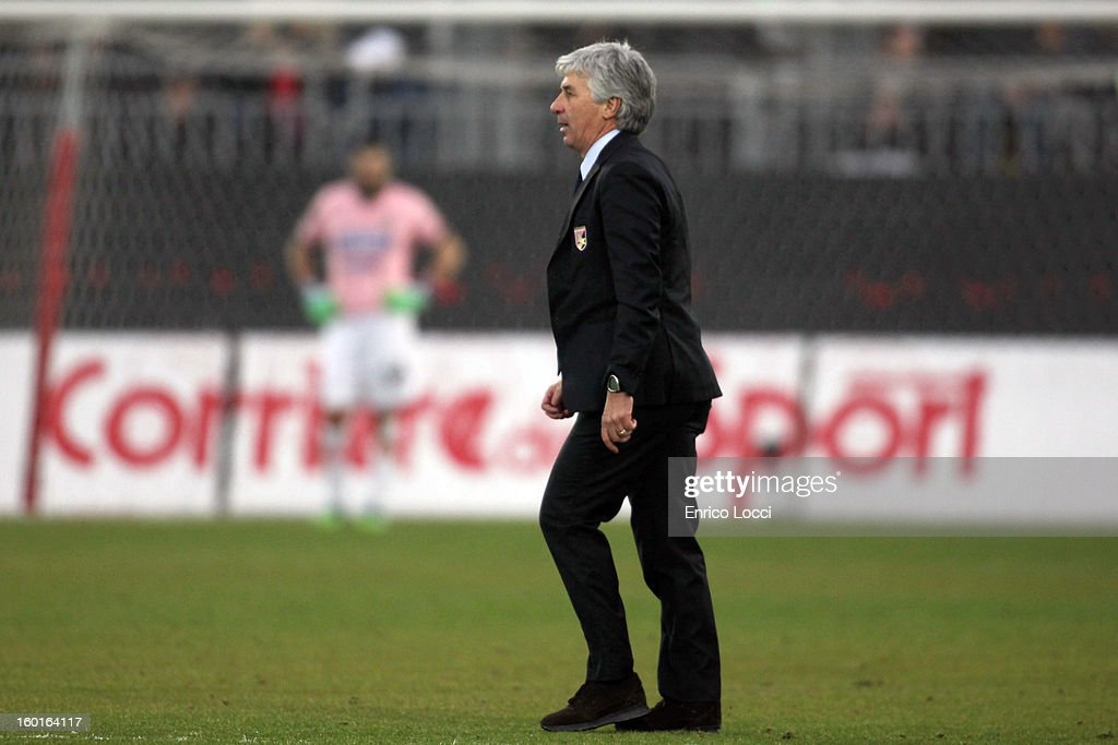 Coach Gian Piero Gasperini of Palermo leaves the pitch after receiving a red card during the Serie A match between Cagliari Calcio and US Citta di Palermo at Stadio Sant'Elia on January 27, 2013 in Cagliari, Italy.