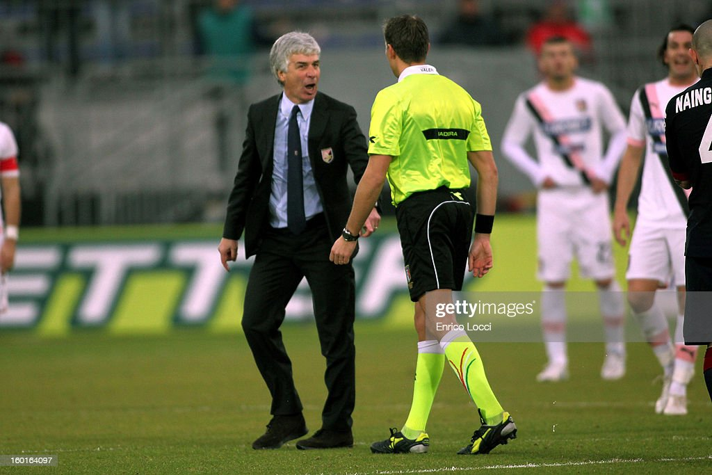 Coach Gian Piero Gasperini receives a red card during the Serie A match between Cagliari Calcio and US Citta di Palermo at Stadio Sant'Elia on January 27, 2013 in Cagliari, Italy.