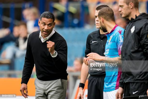 coach Henk Fraser of Vitesse Luc Castaignos of Vitesse during the Dutch Eredivisie match between Vitesse Arnhem and VVV Venlo at Gelredome on...