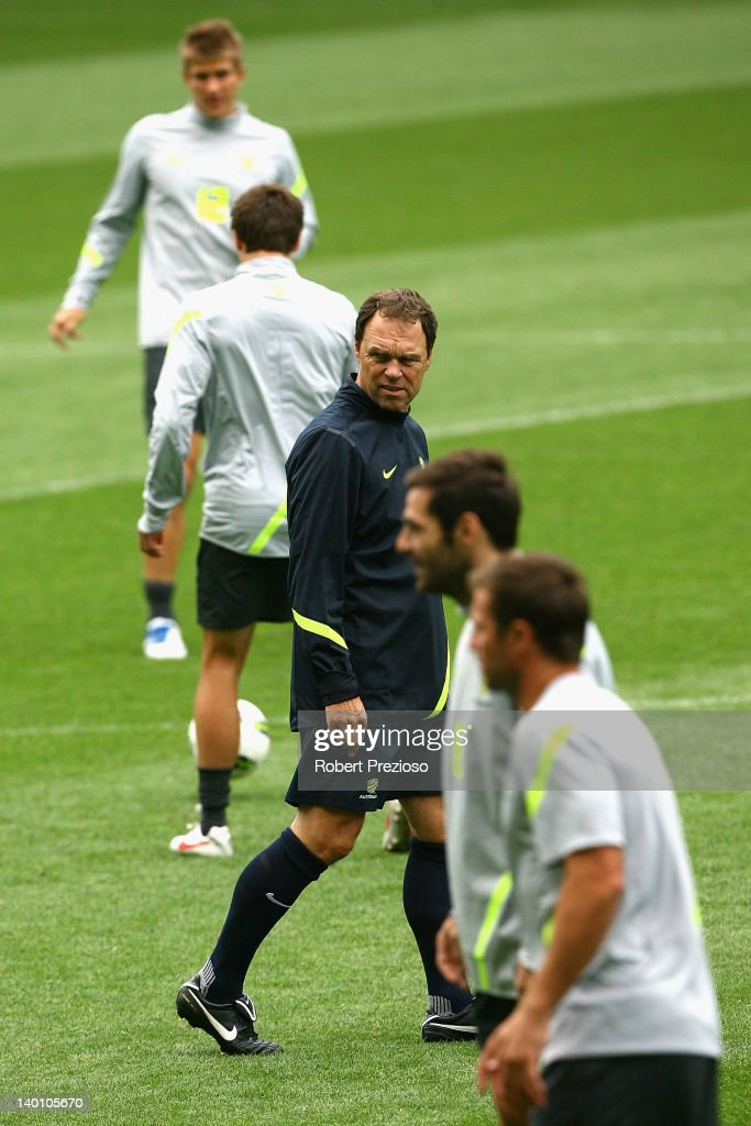 Coach <a gi-track='captionPersonalityLinkClicked' href=/galleries/search?phrase=Holger+Osieck&family=editorial&specificpeople=579862 ng-click='$event.stopPropagation()'>Holger Osieck</a> watches his players during an Australian Socceroos training session at AAMI Park on February 28, 2012 in Melbourne, Australia.