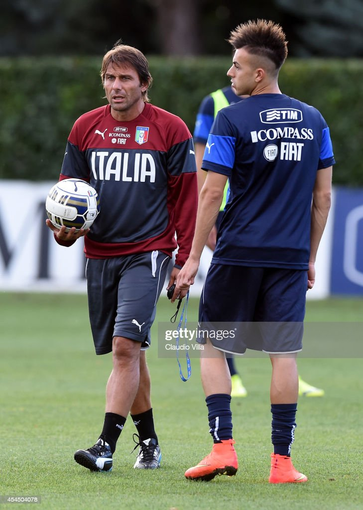 Coach Italy <a gi-track='captionPersonalityLinkClicked' href=/galleries/search?phrase=Antonio+Conte&family=editorial&specificpeople=2379002 ng-click='$event.stopPropagation()'>Antonio Conte</a> (L) and <a gi-track='captionPersonalityLinkClicked' href=/galleries/search?phrase=Stephan+El+Shaarawy&family=editorial&specificpeople=7181554 ng-click='$event.stopPropagation()'>Stephan El Shaarawy</a> during Italy Training Session at Coverciano on September 2, 2014 in Florence, Italy.
