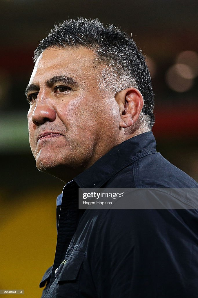 Coach <a gi-track='captionPersonalityLinkClicked' href=/galleries/search?phrase=Jamie+Joseph+-+Rugby+Coach&family=editorial&specificpeople=14741795 ng-click='$event.stopPropagation()'>Jamie Joseph</a> of the Highlanders during the round 14 Super Rugby match between the Hurricanes and the Highlanders at Westpac Stadium on May 27, 2016 in Wellington, New Zealand.