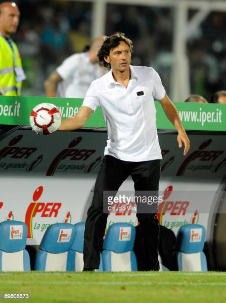 Coach Leonardo of AC Milan during the TIM Trophy at 'Adriatico' Stadium on August 14 2009 in Pescara Italy