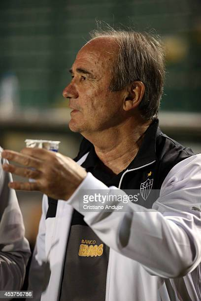 Coach Levir Culpi of Atletico MG prior a match between Figueirense and Atletico MG as part of Campeonato Brasileiro 2014 at Orlando Scarpelli Stadium...