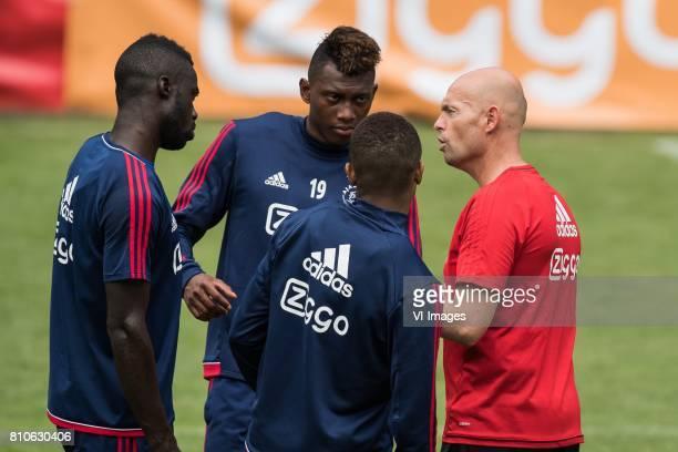 coach Marcel Keizer of Ajax give instructions to Davinson Sanchez of Ajax Mateo Cassierra of Ajax David Neres of Ajax during the preseason summer...