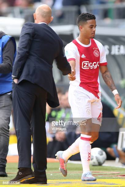 coach Marcel Keizer of Ajax Justin Kluivert of Ajax during the Dutch Eredivisie match between ADO Den Haag and Ajax Amsterdam at Car Jeans stadium on...