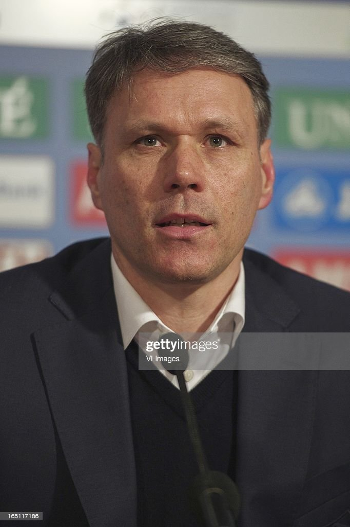 coach Marco van Basten of SC Heerenveen during the Dutch Eredivisie match between SC Heerenveen and Feyenoord at the Abe Lenstra Stadium on march 30, 2013 in Heerenveen, The Netherlands