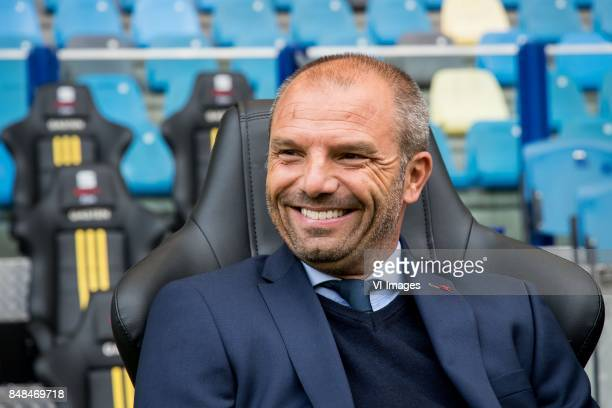 coach Maurice Steijn of VVV during the Dutch Eredivisie match between Vitesse Arnhem and VVV Venlo at Gelredome on September 17 2017 in Arnhem The...