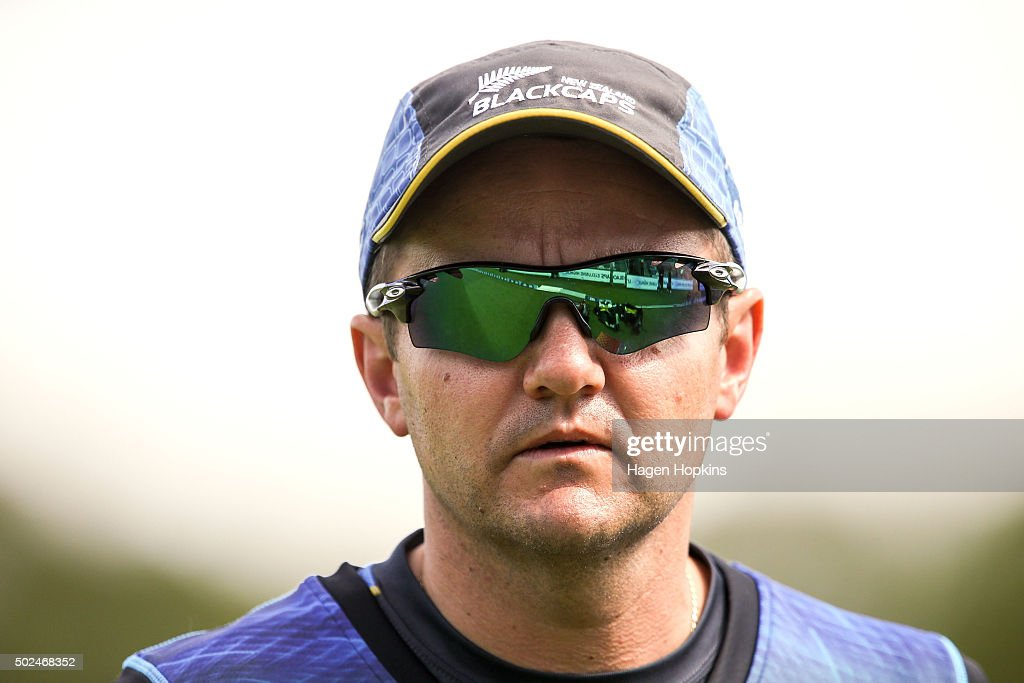 Coach <a gi-track='captionPersonalityLinkClicked' href=/galleries/search?phrase=Mike+Hesson&family=editorial&specificpeople=9567309 ng-click='$event.stopPropagation()'>Mike Hesson</a> of New Zealand looks on during the first One Day International match between New Zealand and Sri Lanka at Hagley Oval on December 26, 2015 in Christchurch, New Zealand.