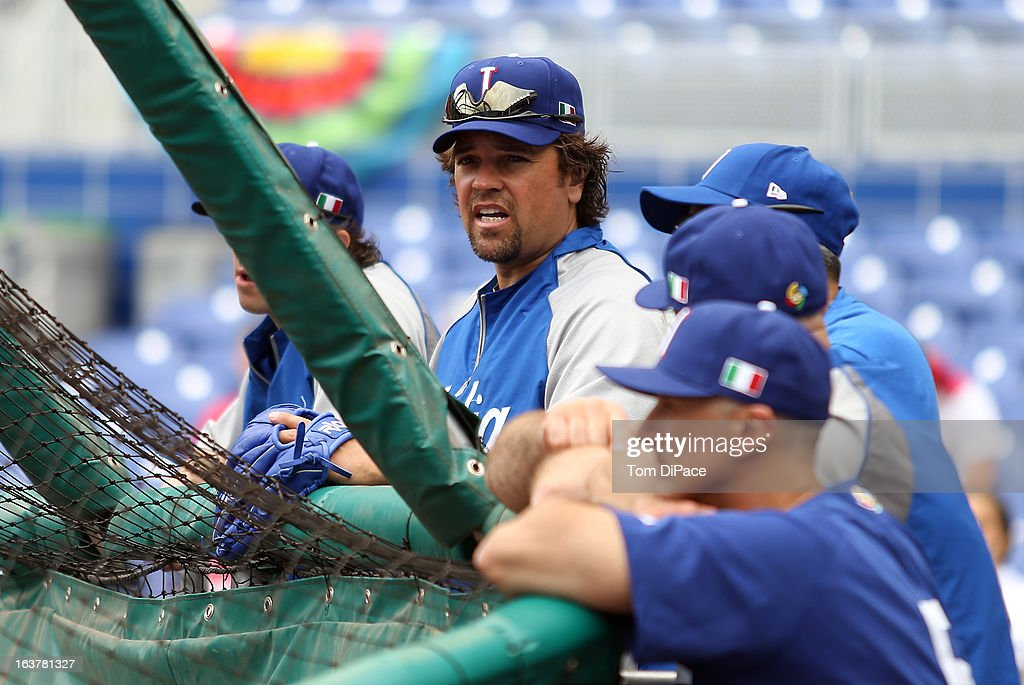 Coach <a gi-track='captionPersonalityLinkClicked' href=/galleries/search?phrase=Mike+Piazza&family=editorial&specificpeople=201920 ng-click='$event.stopPropagation()'>Mike Piazza</a> of Team Italy watches batting practice during the workout day for the 2013 World Baseball Classic on March 11, 2013 at Marlins Park in Miami, Florida.