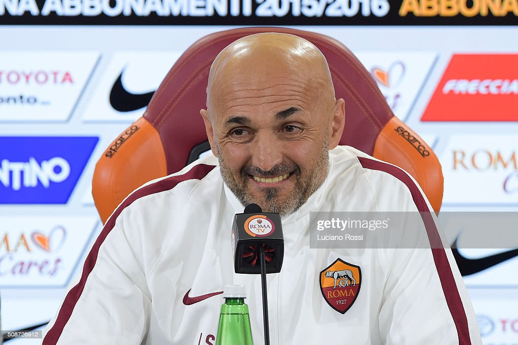 Coach of As Roma <a gi-track='captionPersonalityLinkClicked' href=/galleries/search?phrase=Luciano+Spalletti&family=editorial&specificpeople=708667 ng-click='$event.stopPropagation()'>Luciano Spalletti</a> attends a press conference on February 6, 2016 in Rome, Italy.